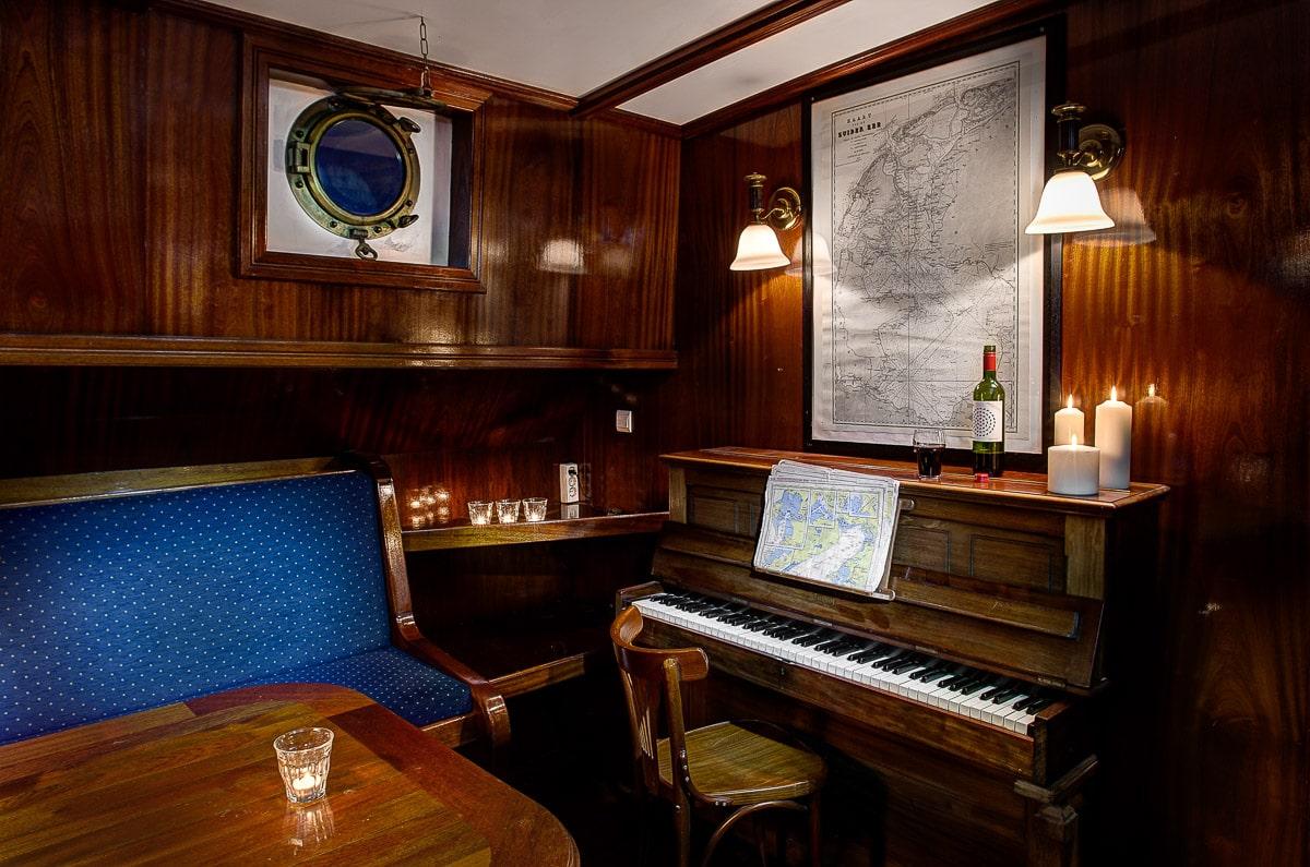Tallship-interiors-17