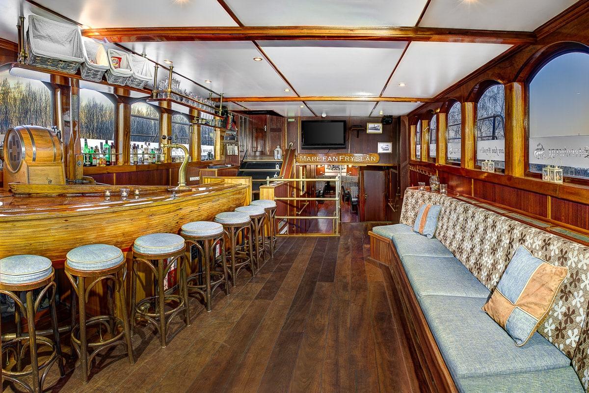 Tallship-interiors-28